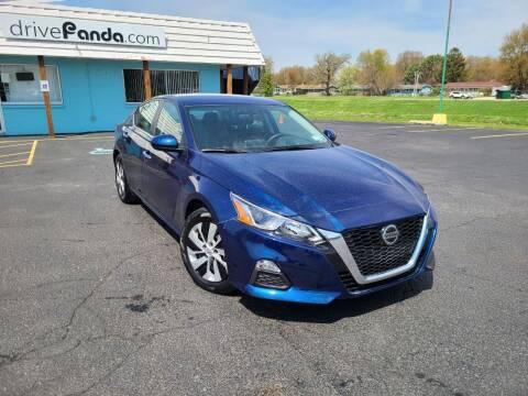 2019 Nissan Altima for sale at DrivePanda.com in Dekalb IL