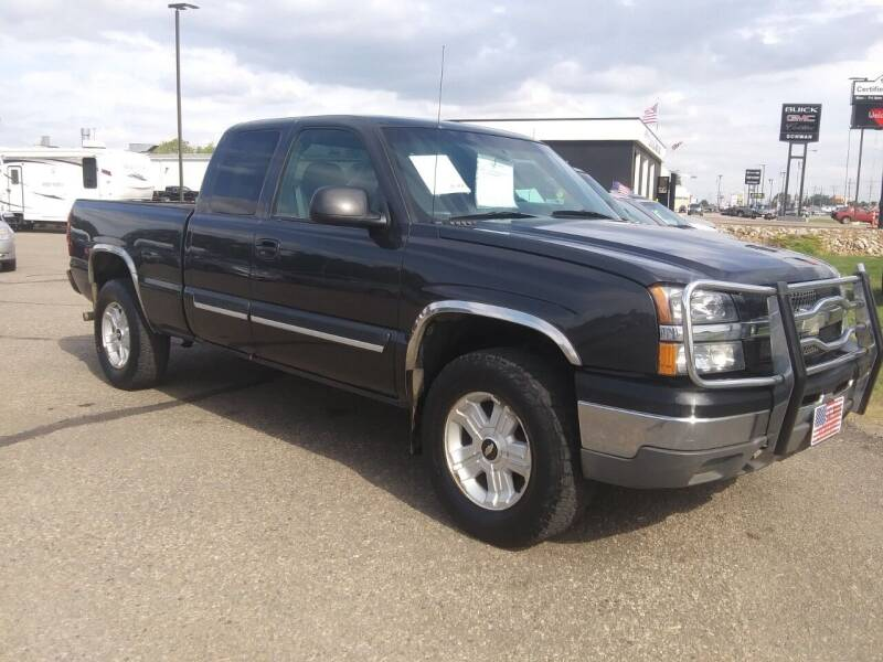 2003 Chevrolet Silverado 1500 for sale at L & J Motors in Mandan ND
