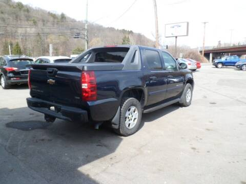 2008 Chevrolet Avalanche for sale at Cars R Us in Binghamton NY