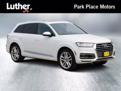 2017 Audi Q7 for sale at Park Place Motor Cars in Rochester MN