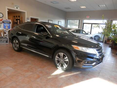 2013 Honda Crosstour for sale at ABSOLUTE AUTO CENTER in Berlin CT