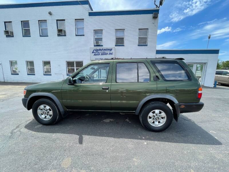 1996 Nissan Pathfinder for sale at Lightning Auto Sales in Springfield IL