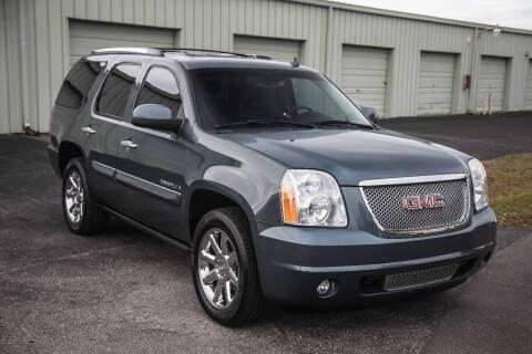 2008 GMC Yukon for sale at Exquisite Auto in Sarasota FL