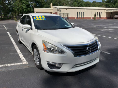 2014 Nissan Altima for sale at B & M Car Co in Conroe TX