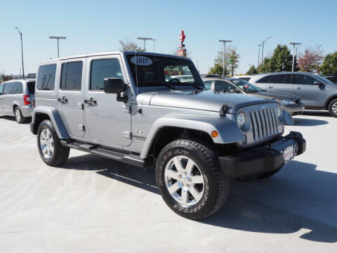 2017 Jeep Wrangler Unlimited for sale at SIMOTES MOTORS in Minooka IL