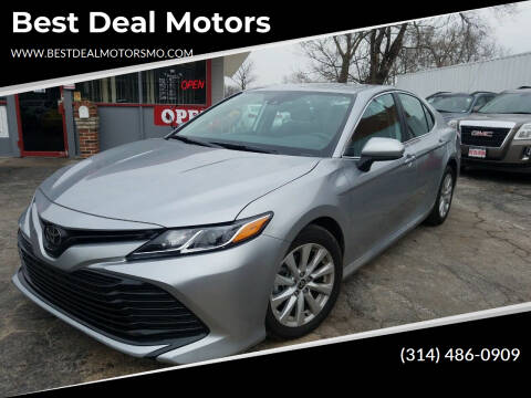 2020 Toyota Camry for sale at Best Deal Motors in Saint Charles MO