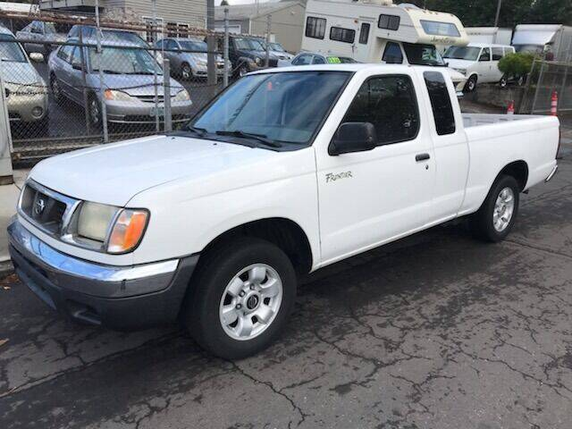 2000 Nissan Frontier 2dr XE Extended Cab SB - Portland OR