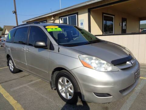 2009 Toyota Sienna for sale at BBL Auto Sales in Yakima WA