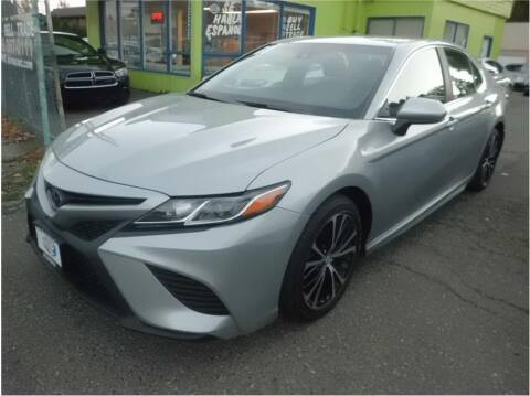2018 Toyota Camry for sale at Klean Carz in Seattle WA