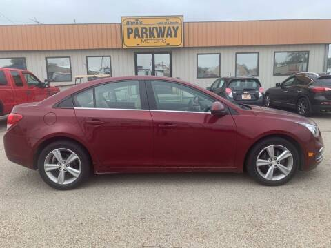 2015 Chevrolet Cruze for sale at Parkway Motors in Springfield IL
