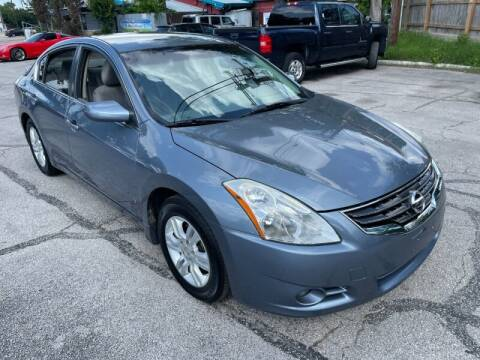2012 Nissan Altima for sale at AWESOME CARS LLC in Austin TX