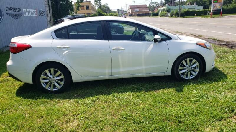 2015 Kia Forte for sale at Yousif & Sons Used Auto in Detroit MI