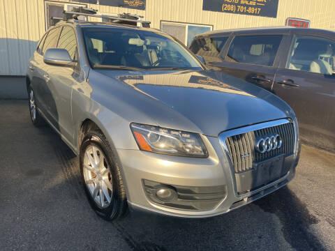 2011 Audi Q5 for sale at BELOW BOOK AUTO SALES in Idaho Falls ID