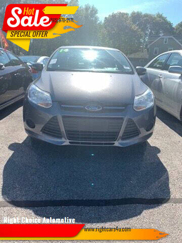 2014 Ford Focus for sale at Right Choice Automotive in Rochester NY