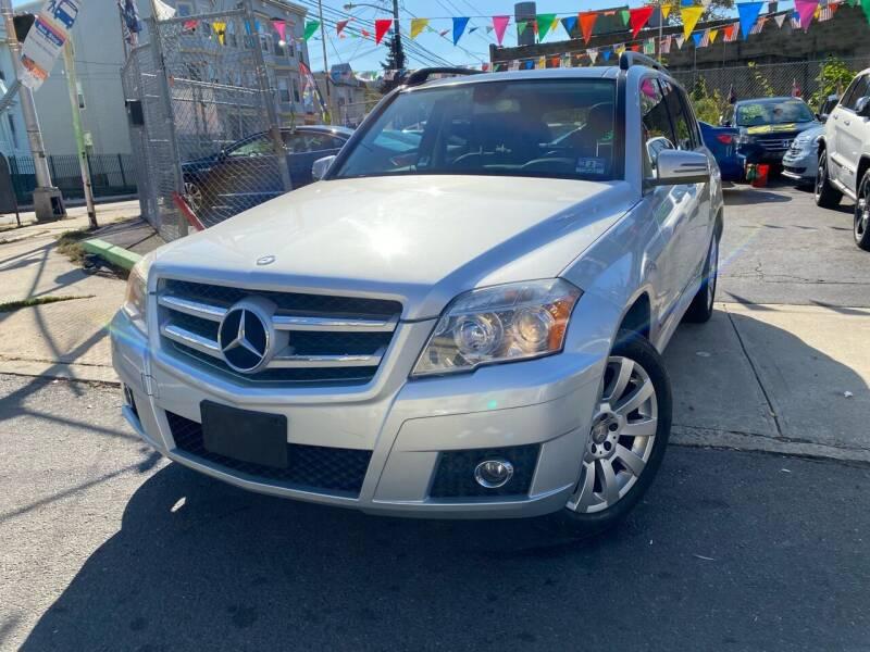 2012 Mercedes-Benz GLK for sale at Best Cars R Us LLC in Irvington NJ