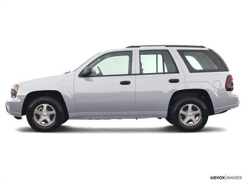 2004 Chevrolet TrailBlazer for sale at CHAPARRAL USED CARS in Piney Flats TN