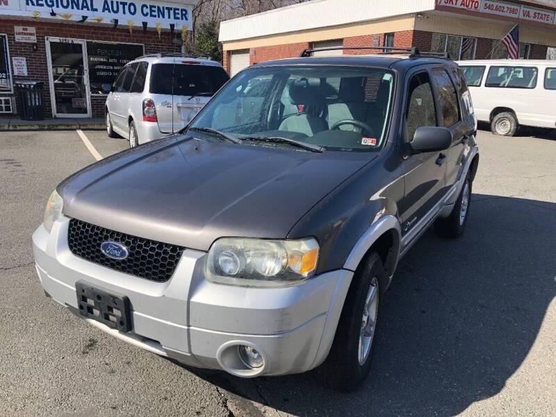 2006 Ford Escape Hybrid for sale at REGIONAL AUTO CENTER in Stafford VA