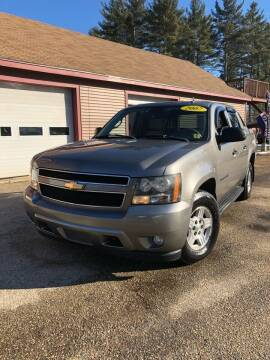 2007 Chevrolet Avalanche for sale at Hornes Auto Sales LLC in Epping NH