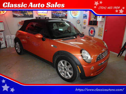 2006 MINI Cooper for sale at Classic Auto Sales in Maiden NC