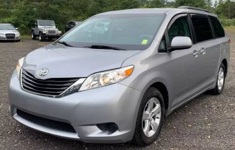 2011 Toyota Sienna for sale at Reliable Auto Sales in Roselle NJ