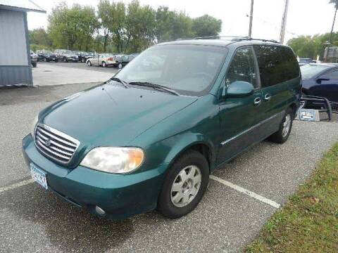 2002 Kia Sedona for sale at Dales Auto Sales in Hutchinson MN