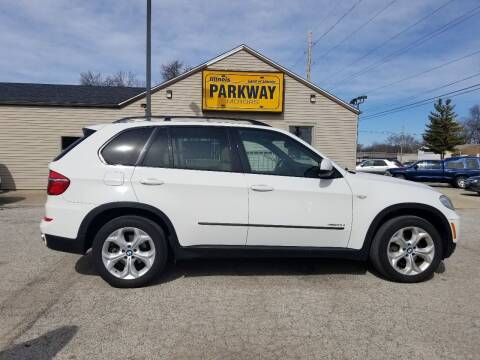 2012 BMW X5 for sale at Parkway Motors in Springfield IL