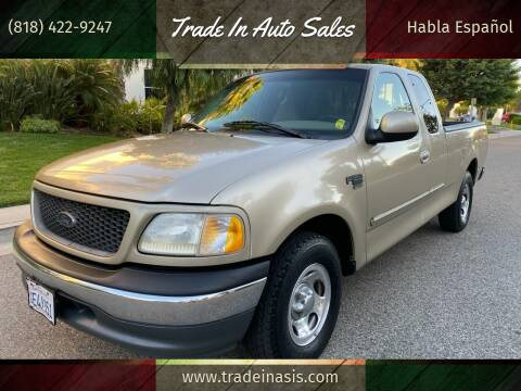 2000 Ford F-150 for sale at Trade In Auto Sales in Van Nuys CA