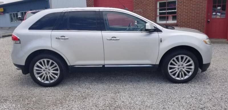 2011 Lincoln MKX for sale at DANVILLE AUTO SALES in Danville IN