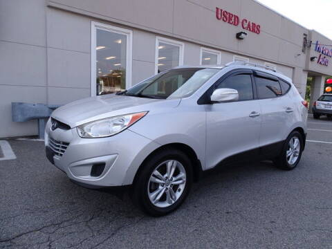 2012 Hyundai Tucson for sale at KING RICHARDS AUTO CENTER in East Providence RI