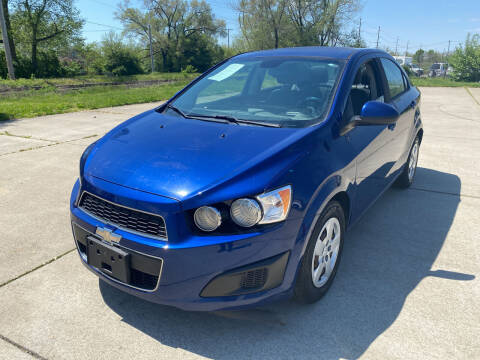 2013 Chevrolet Sonic for sale at Mr. Auto in Hamilton OH