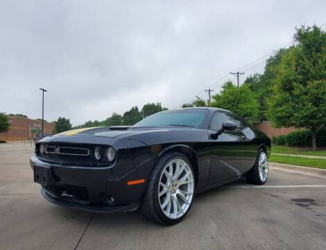 2015 Dodge Challenger for sale at International Auto Sales in Garland TX