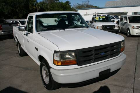 1995 Ford F-150 for sale at Mike's Trucks & Cars in Port Orange FL