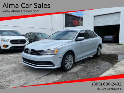 2017 Volkswagen Jetta for sale at Alma Car Sales in Miami FL