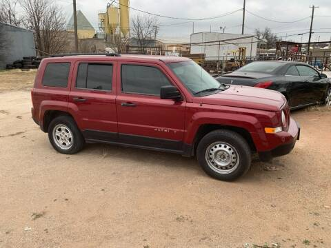 2014 Jeep Patriot for sale at WF AUTOMALL in Wichita Falls TX