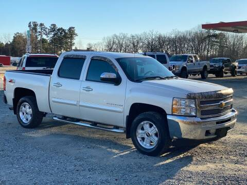 2013 Chevrolet Silverado 1500 for sale at Charlie's Used Cars in Thomasville NC