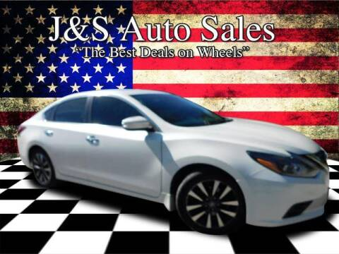 2016 Nissan Altima for sale at J & S Auto Sales in Clarksville TN