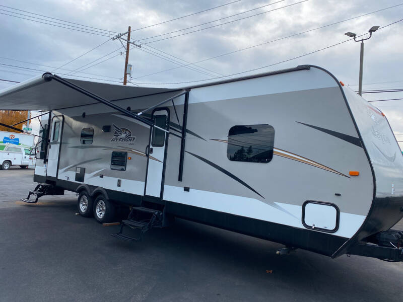 2016 Jayco JAYFLIGHT 31RLDS for sale at Dorn Brothers Truck and Auto Sales in Salem OR