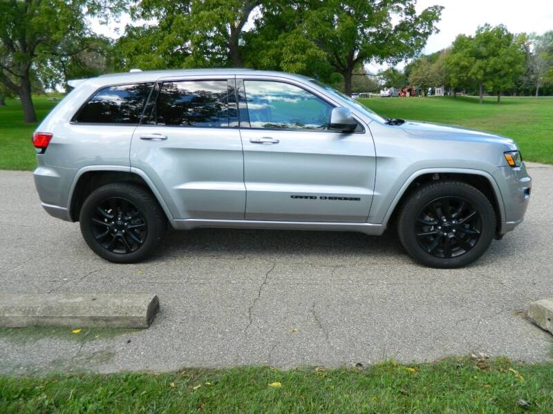 2018 Jeep Grand Cherokee for sale at Triple R Sales in Lake City MN