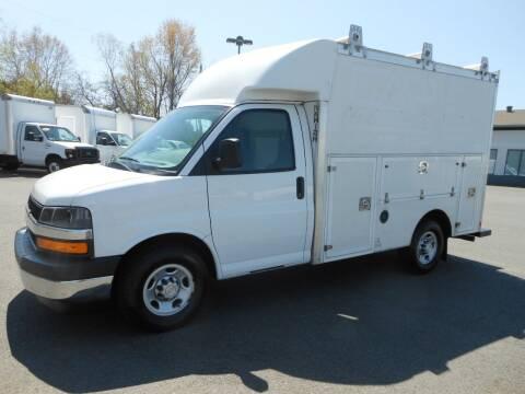 2018 Chevrolet Express Cutaway for sale at Benton Truck Sales - Utility Trucks in Benton AR