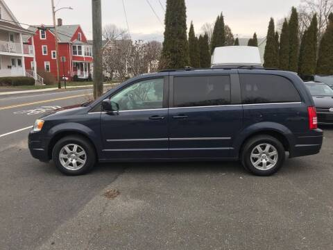 2009 Chrysler Town and Country for sale at Auto Kraft in Agawam MA