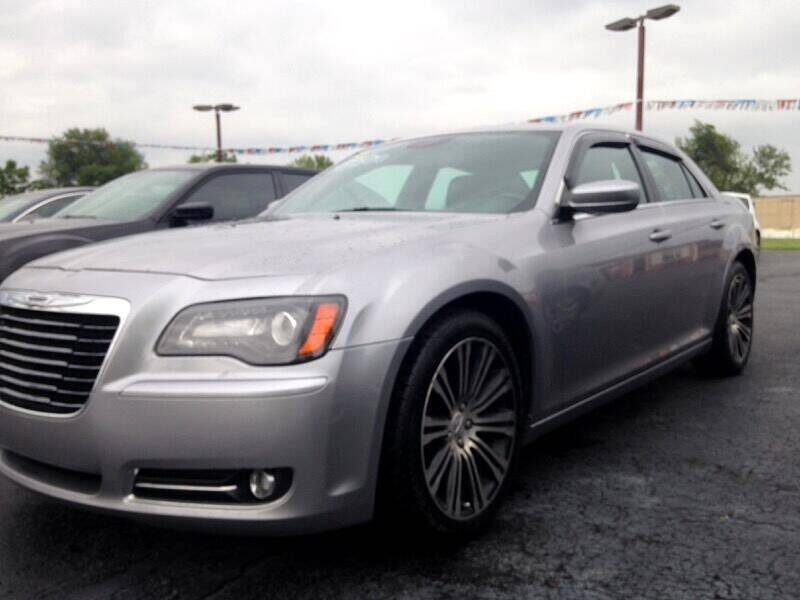 2014 Chrysler 300 for sale at EAGLE ONE AUTO SALES in Leesburg OH