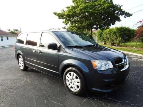 2014 Dodge Grand Caravan for sale at SUPER DEAL MOTORS 441 in Hollywood FL