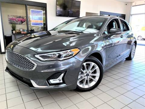 2019 Ford Fusion Energi for sale at SAINT CHARLES MOTORCARS in Saint Charles IL