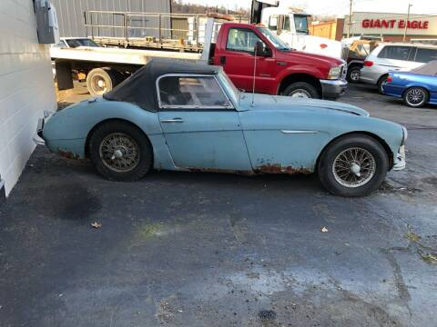 1963 Austin Healey 3000 MKII for sale at ELIZABETH AUTO SALES in Elizabeth PA