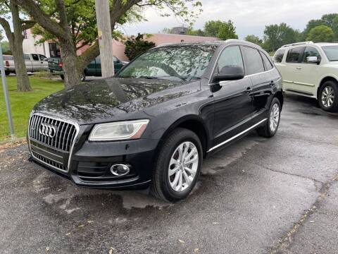 2013 Audi Q5 for sale at Lakeshore Auto Wholesalers in Amherst OH