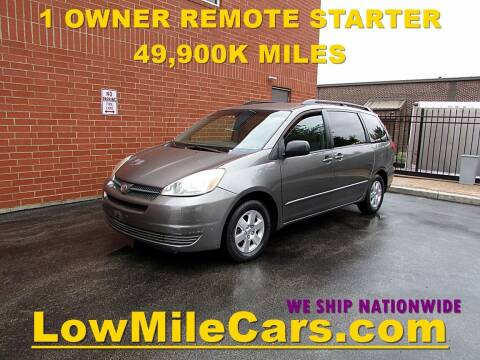 2005 Toyota Sienna for sale at A1 Auto Sales in Burr Ridge IL