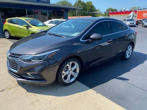 2017 Chevrolet Cruze for sale at Wise Investments Auto Sales in Sellersburg IN