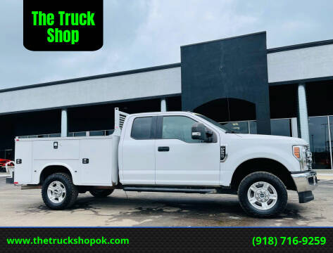 2017 Ford F-250 Super Duty for sale at The Truck Shop in Okemah OK