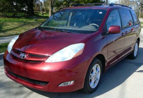 2006 Toyota Sienna for sale at Waukeshas Best Used Cars in Waukesha WI