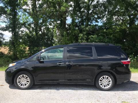2017 Toyota Sienna for sale at RAYBURN MOTORS in Murray KY